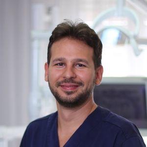 dr-zsombor-vecsey