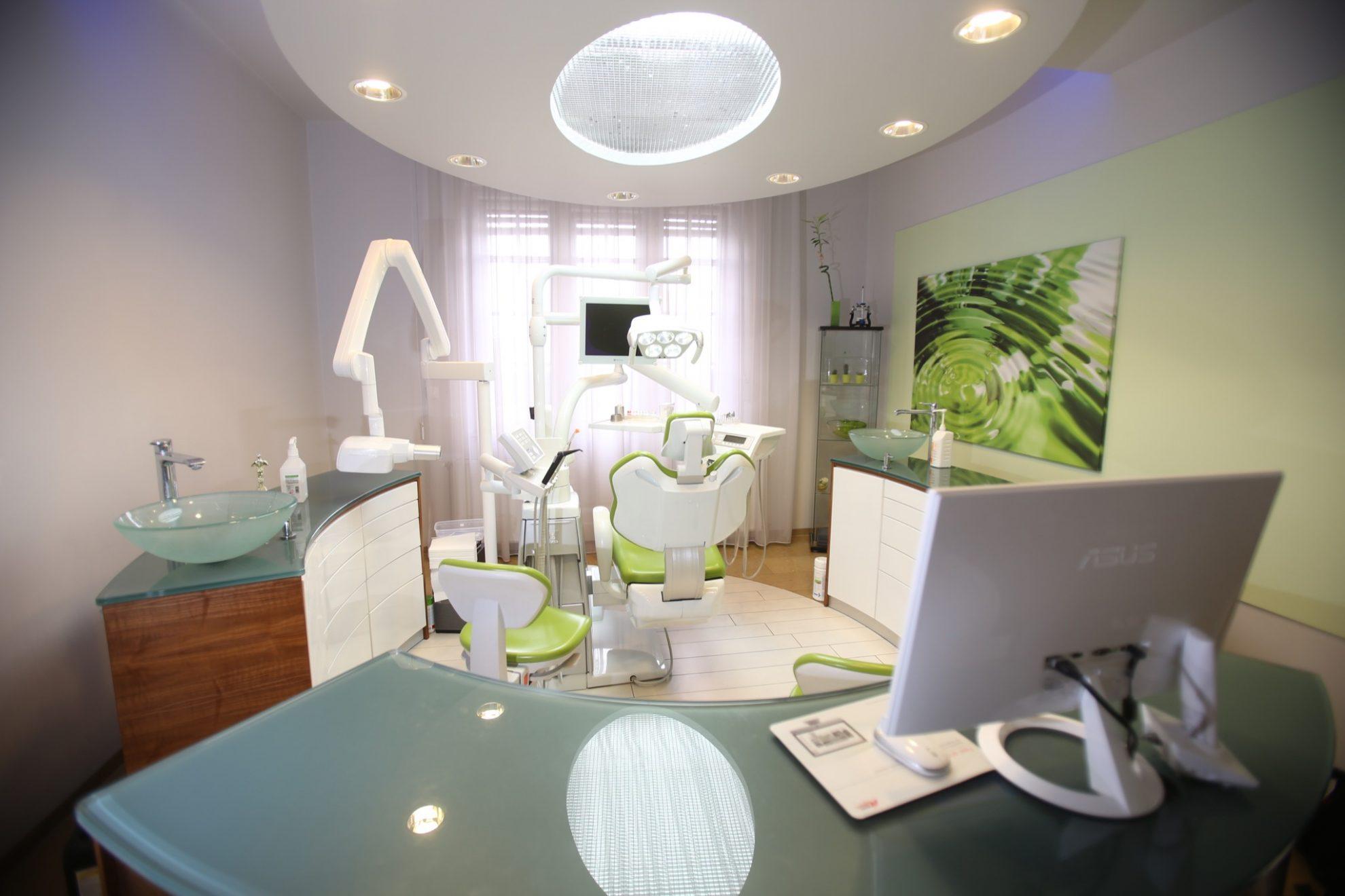 clinique dentaire soins dentaires